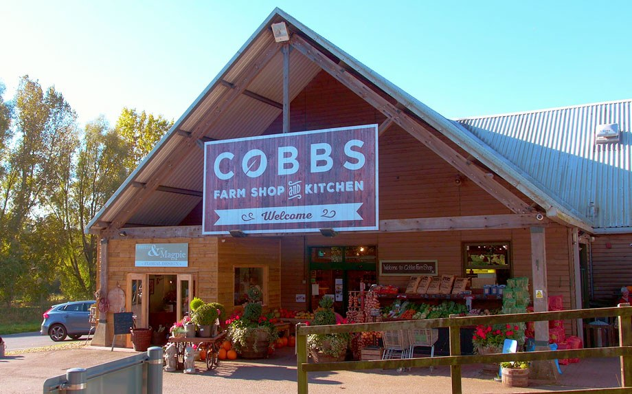 Cobbs Farm Shop and Kitchen Fronte